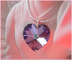Crystal Heart Violet 300